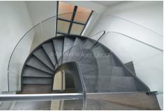 Escada Contemporânea Conpluqt Metal Vidro Preto