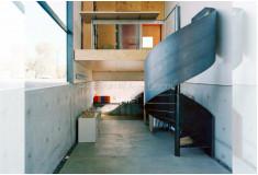 Escada Caracol Moderna Eckenhu Fechada Aço Preto